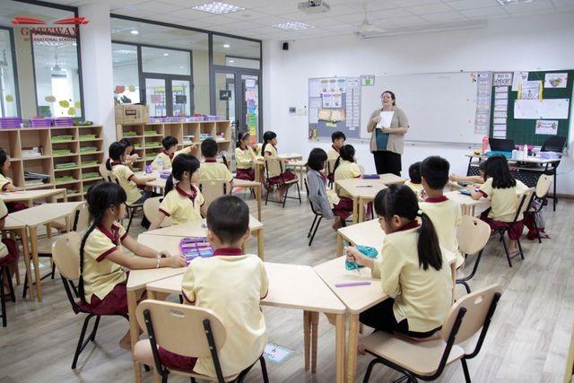 Trường Phổ thông Song ngữ Liên cấp Gateway khai giảng năm học đầu tiên vào năm 2015