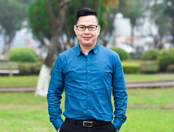 Ass. Prof. PhD. Tran Thanh Nam is also known as a speaker who is active at contributing ideas and social criticism in the field of education and mental health care for children and the community.